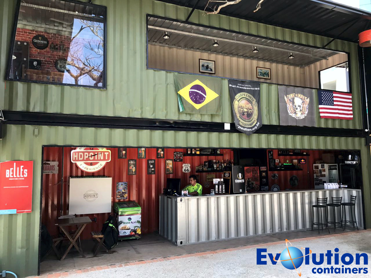 Hd Point Bar projetado em Container em Itajai